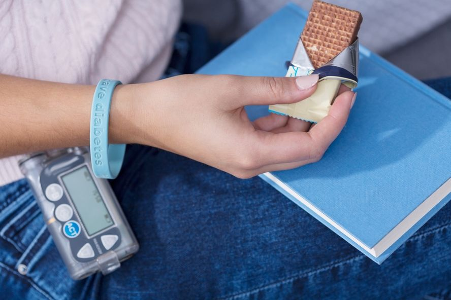 Hypoglycemia: Symptoms and Treatment Options for Low Blood Sugar