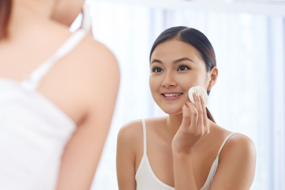 Micellar Water Vs Toner: Which Has More Benefits