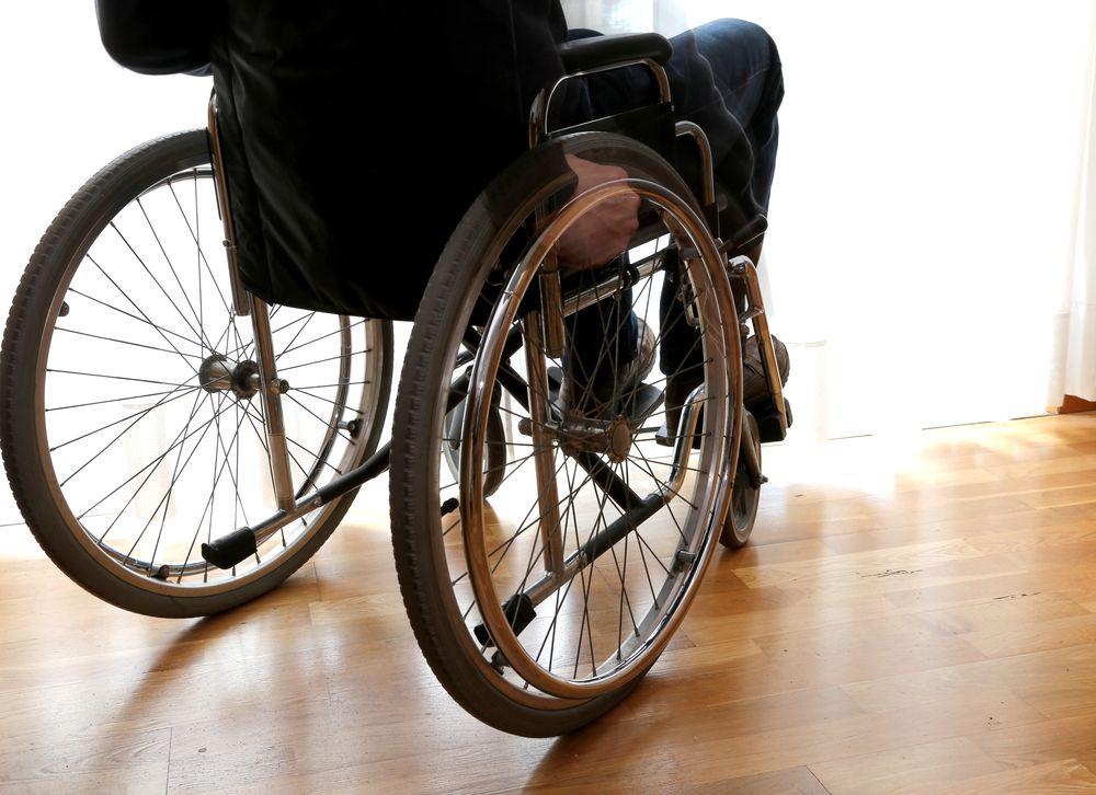 Signs, Symptoms, and Treatment Options of ALS - ActiveBeat