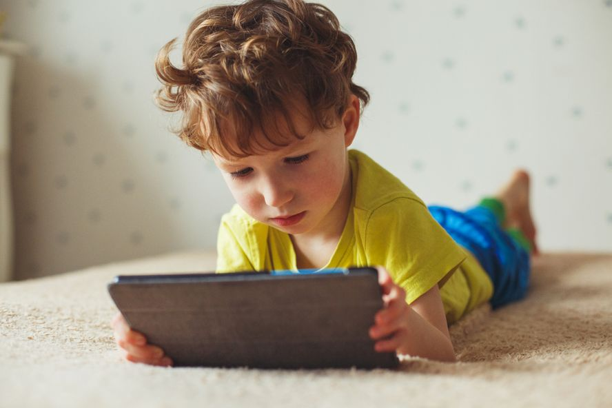 How to Tackle Screen Time for Kids with Autism