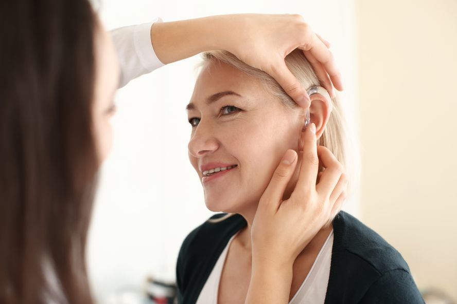 A Complete Guide to Buying Hearing Aids