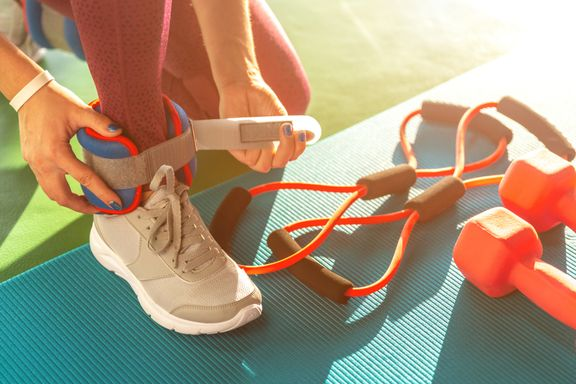 The Benefits (and Risks) Of Walking With Weights