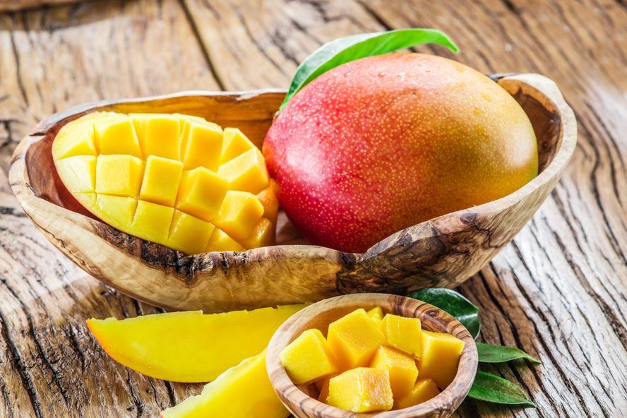 Mango: Health Benefits, Nutrition, & How to Eat It