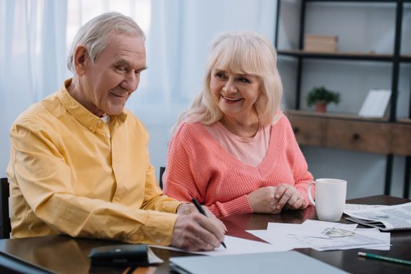 7 Refinancing Options That Seniors Need To Know About